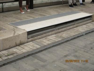 Comble-lacune installé à Orleans vue voie